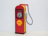 R.A Products Tankstelle alte Zapfsäule 1:10 mit Led Beleuchtung